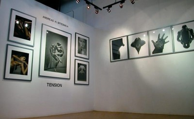 Andreas_H_Bitesnich_Tension_exhibition_Modern_book_Gallery_Palo_Alto_2002_3491-800