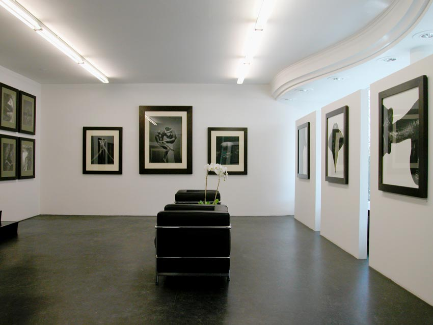 Andreas_H_Bitesnich_exhibition_Monika_Mohr_Hamburg_2003_6259
