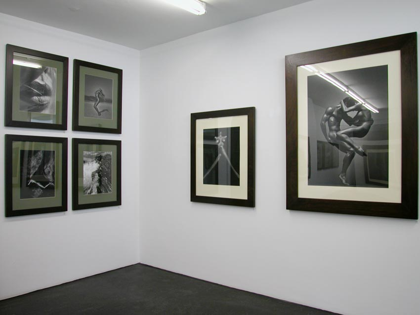 Andreas_H_Bitesnich_exhibition_Monika_Mohr_Hamburg_2003_6268