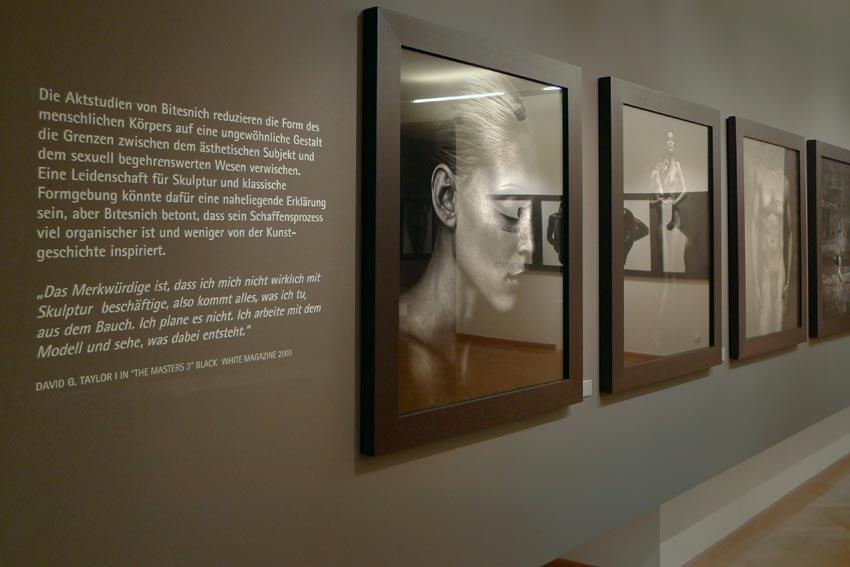Andreas_H_Bitesnich_exhibition_Klagenfurt_2009_682