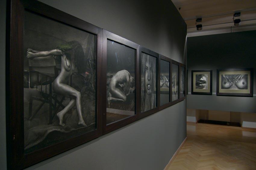 Andreas_H_Bitesnich_exhibition_Klagenfurt_2009_871