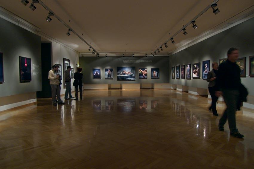 Andreas_H_Bitesnich_exhibition_Klagenfurt_2009_890