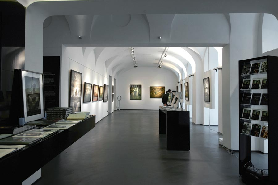 Andreas-H-Bitesnich-India-Exhibition-Vienna-2011-10901