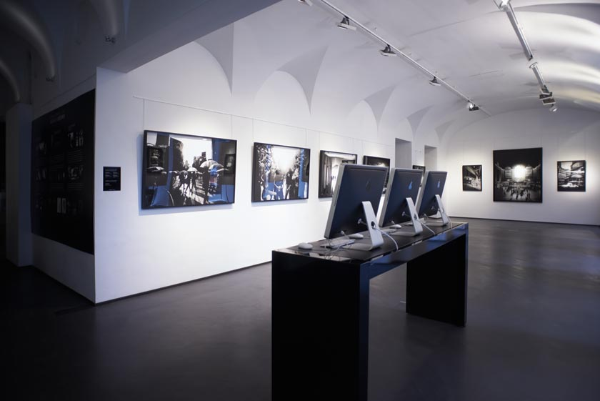 Bitesnich_Exhibition-NYC-Tokyo-Vienna-2013-3550