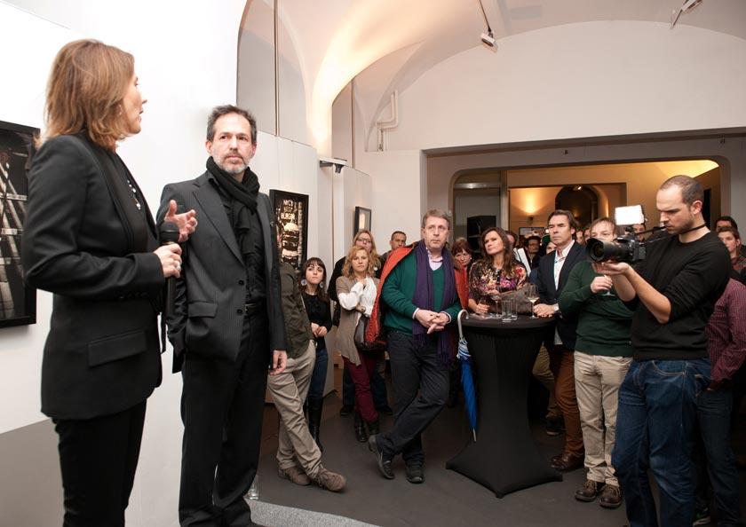 Bitesnich_NYC-Tokyo_exhibition_at_PLE_gallery_Vienna_2013_092