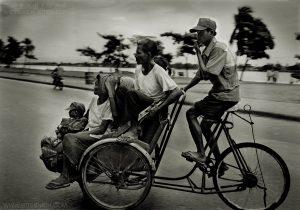 Family, Phnom Penh, Cambodia 1999
