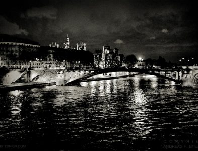Night at the Seine, Paris 2012