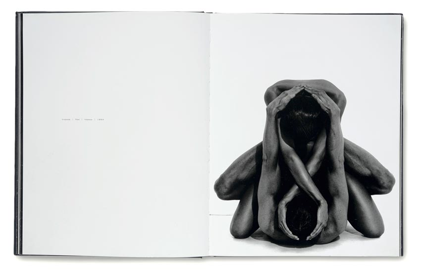 Andreas_H._Bitesnich_Nudes_book_08