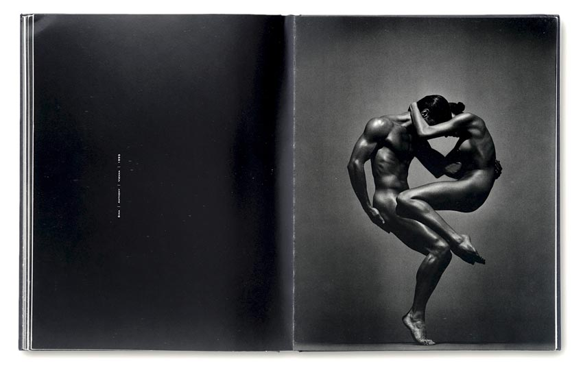 Andreas_H._Bitesnich_Nudes_book_11
