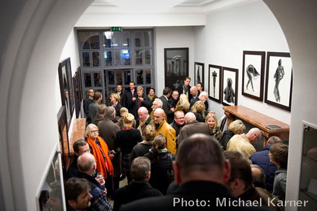 Bitesnich-Nude-Classics-Exhibition-Leica-Gallery-Salzburg-2011-03