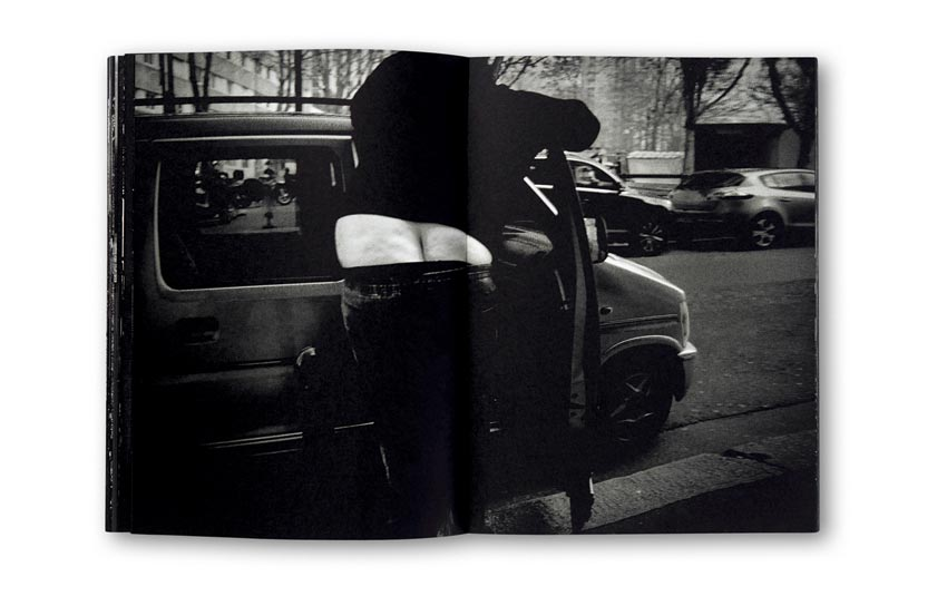 Andreas_H._Bitesnich_Deeper_Shades_Paris_book_2455