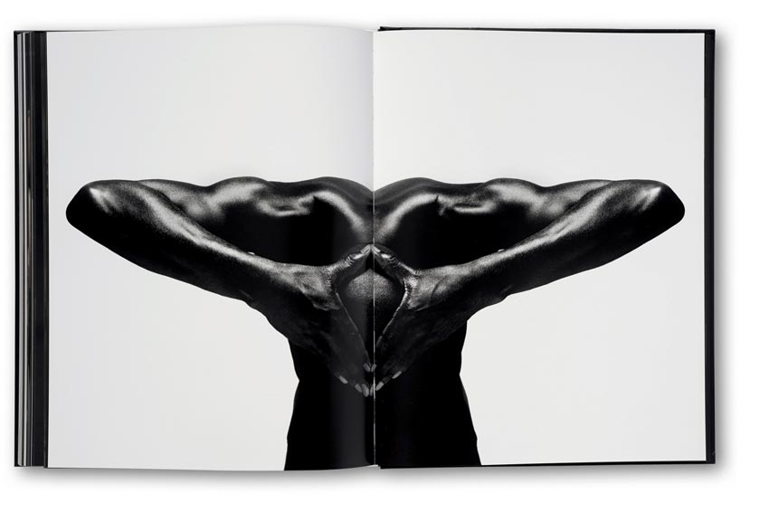 Andreas_H._Bitesnich_More_Nudes_book_2852