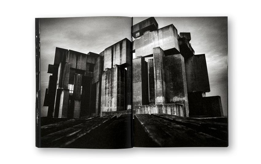 Andreas_H_Bitesnich_Deeper_Shades_Vienna_book_06