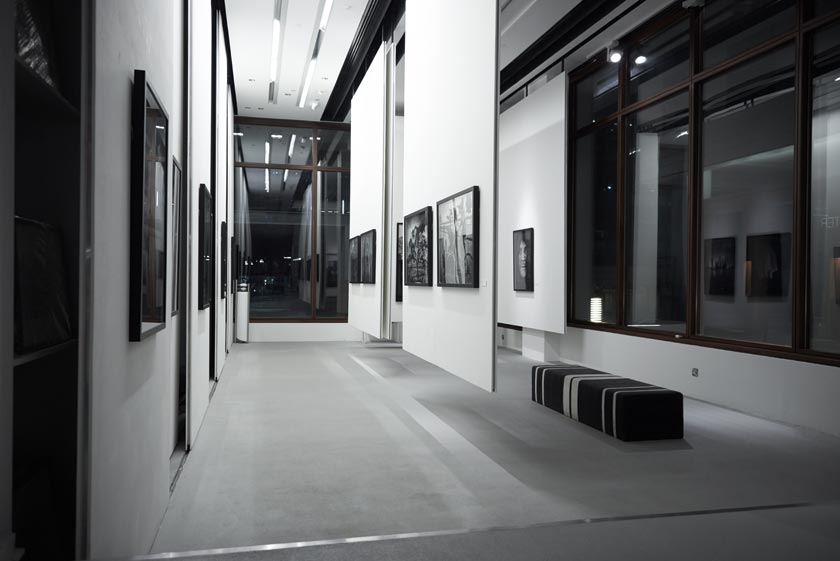 Andreas_H_Bitesnich_Places_&_Spaces_Exhibition_Empty_Quarter_Gallery_Dubai_2013_1282