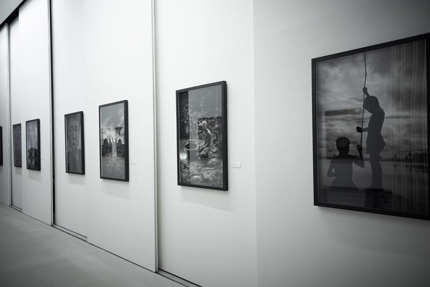 Andreas_H_Bitesnich_Places_&_Spaces_Exhibition_Empty_Quarter_Gallery_Dubai_2013_1293