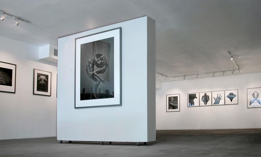 Bitesnich-Photography-Exhibition-at-modernbook-Gallery-Los-Angeles-2002-3137
