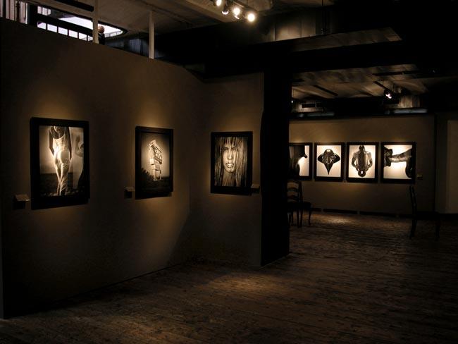 Bitesnich-exhibition_Kunsthaus_Vienna_2004_7472