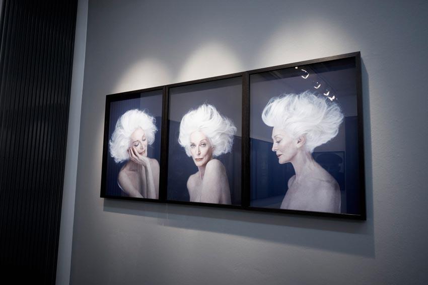 Bitesnich-Portraits-exhibition,-Slovenia,-Ljubljana,-September-2015-17427