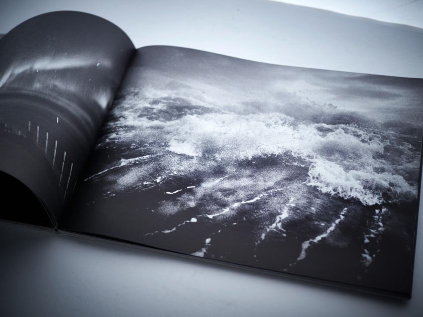 andreas_h_bitesnich_troubled_waters_greenpeace_book_14
